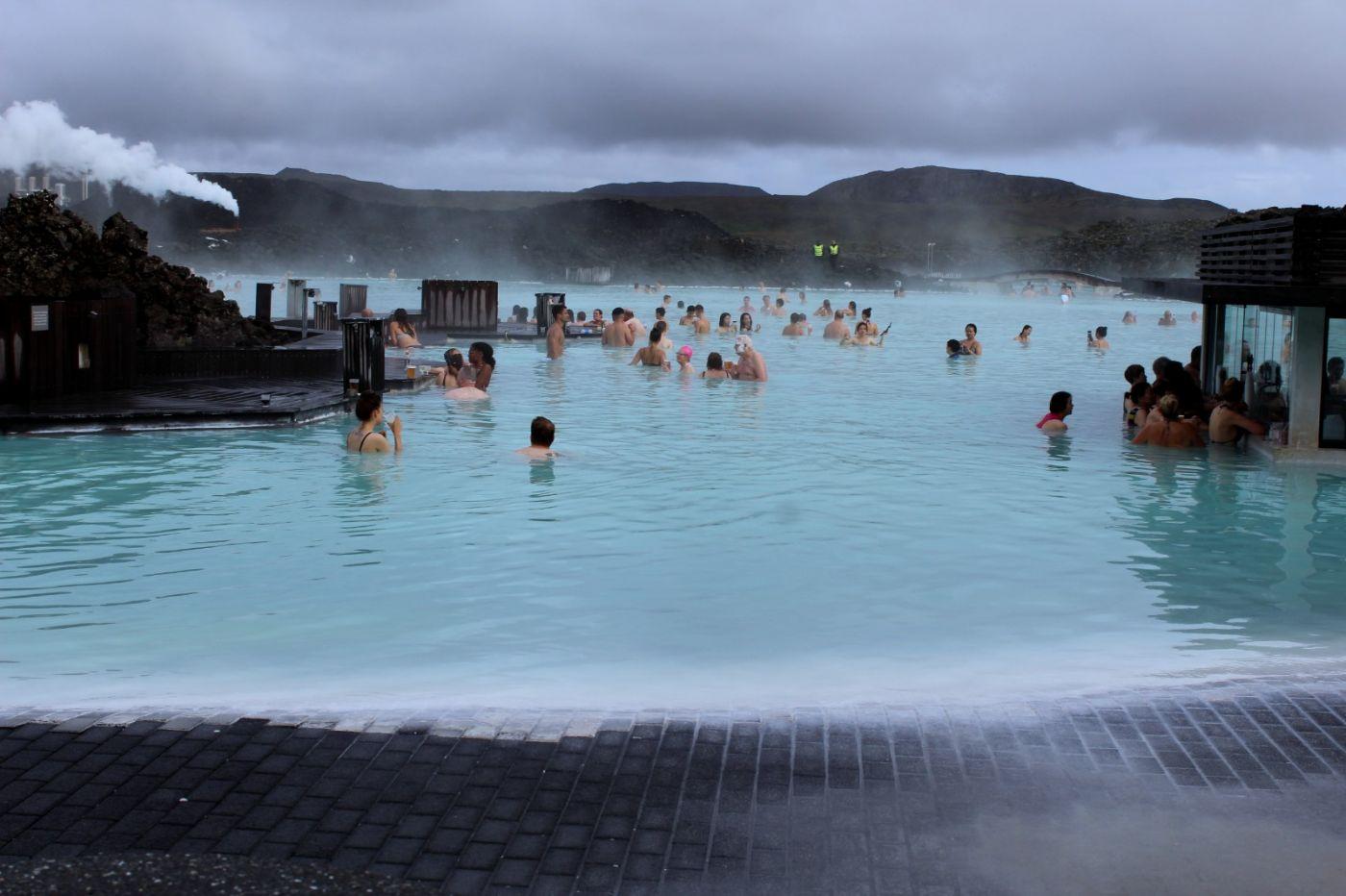 冰岛蓝湖温泉和苔原_图1-1