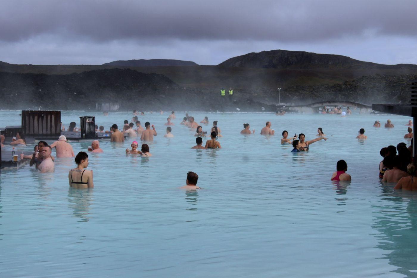 冰岛蓝湖温泉和苔原_图1-4