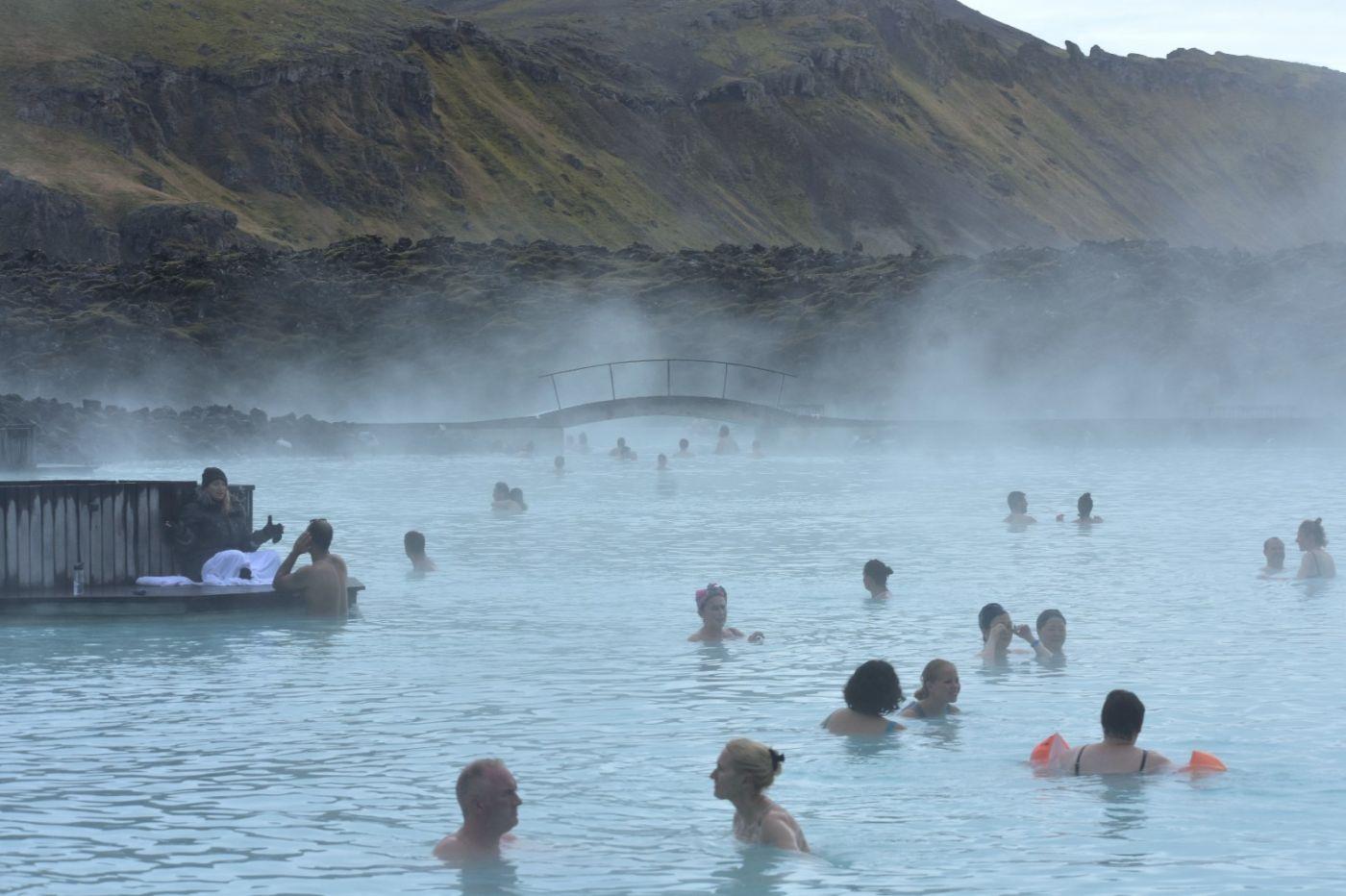 冰岛蓝湖温泉和苔原_图1-5
