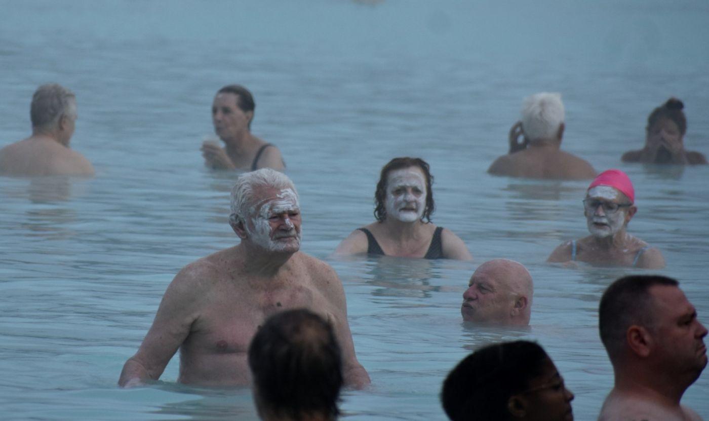 冰岛蓝湖温泉和苔原_图1-9