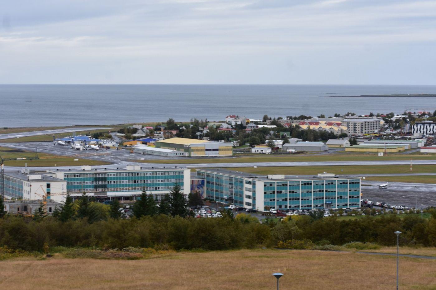 冰岛首都雷克雅未克_图1-7