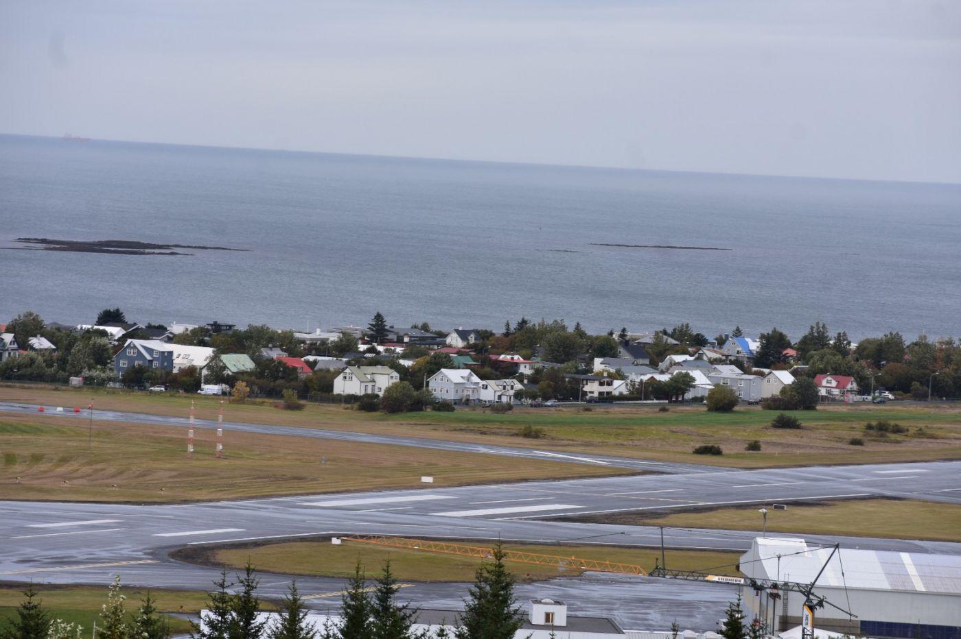 冰岛首都雷克雅未克_图1-8