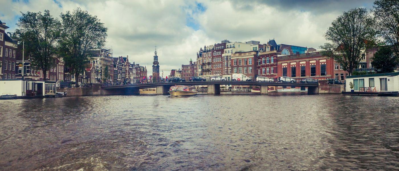 荷兰阿姆斯特丹,四通八达的城中河_图1-28