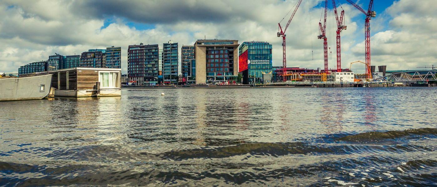荷兰阿姆斯特丹,四通八达的城中河_图1-21