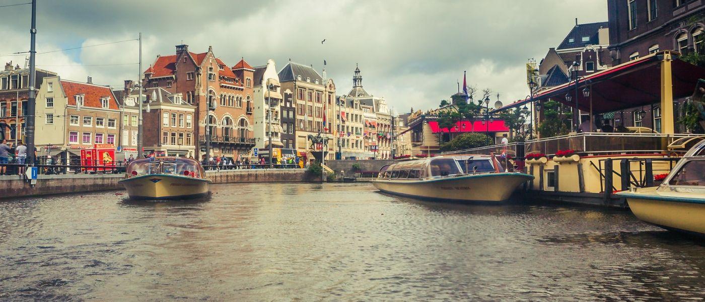 荷兰阿姆斯特丹,四通八达的城中河_图1-8
