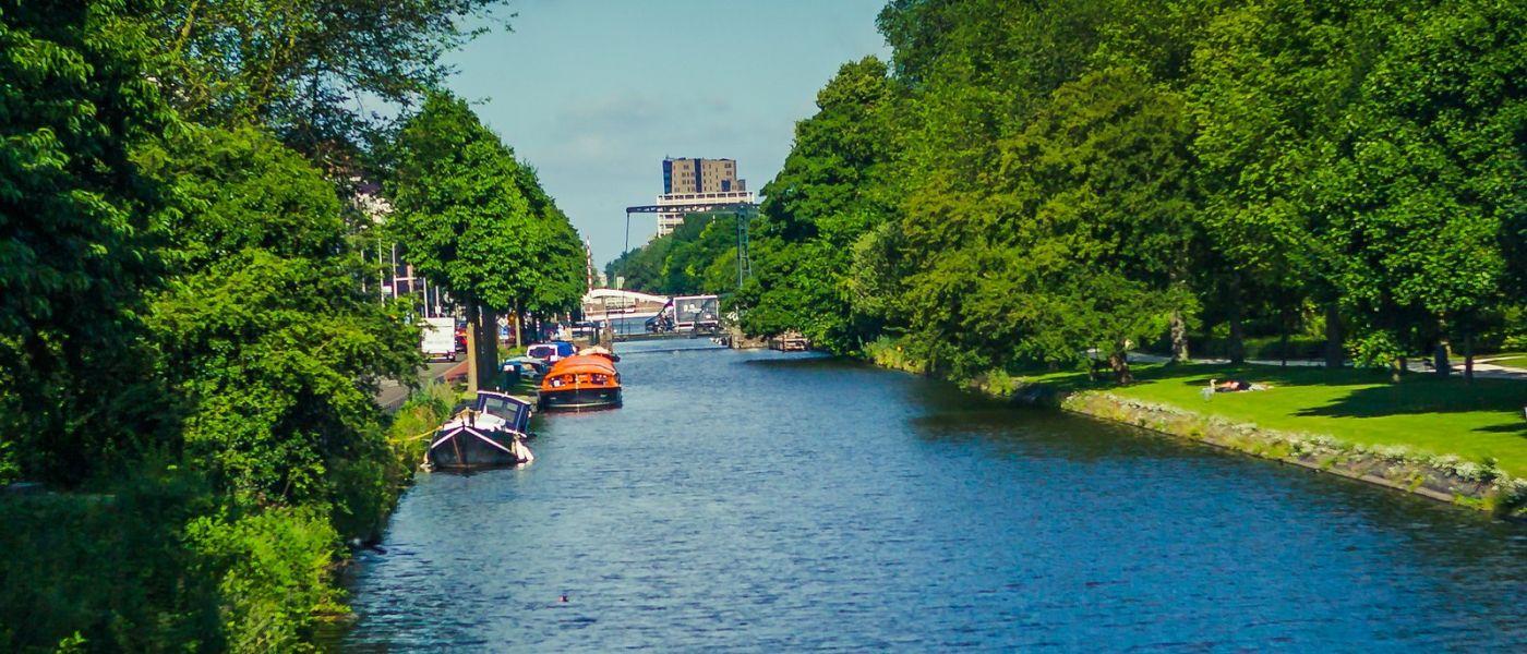荷兰阿姆斯特丹,四通八达的城中河_图1-9