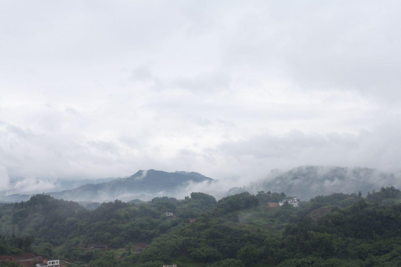 孕育了天赐尤物茅台酒的山野、林莽、溪流和河水那个空间_图1-14