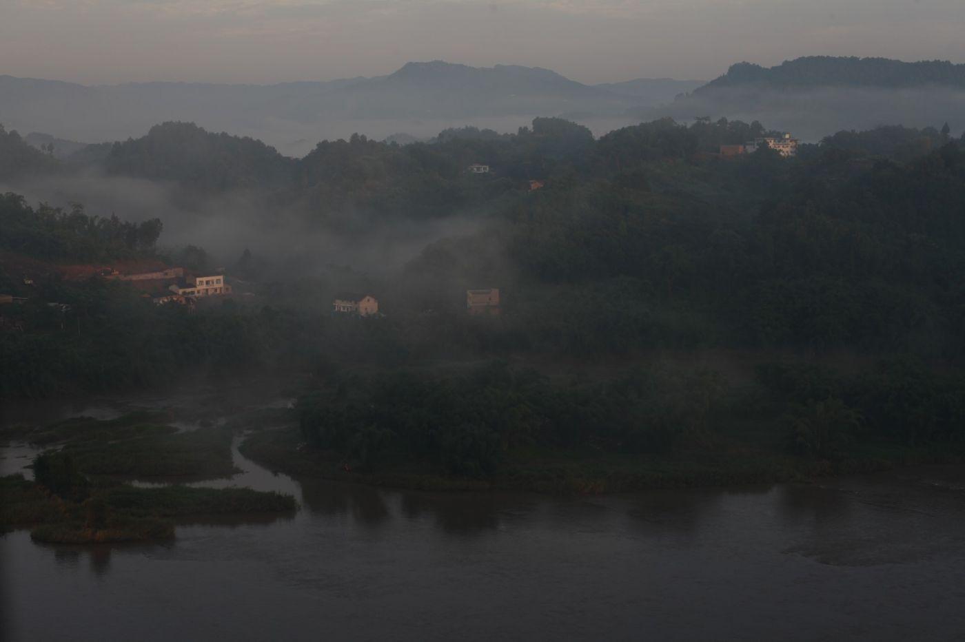 孕育了天赐尤物茅台酒的山野、林莽、溪流和河水那个空间_图1-7