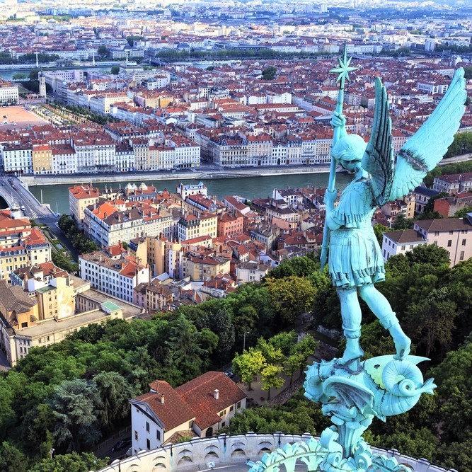 里昂值得探索的10大景点_图1-1
