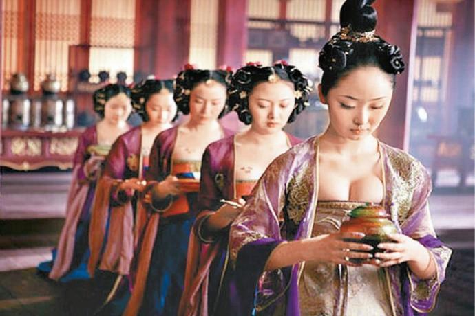 中国古代帝王后宫有三千佳丽是真的吗?是如何管理 临幸 众多宾妃的? ..._图1-2