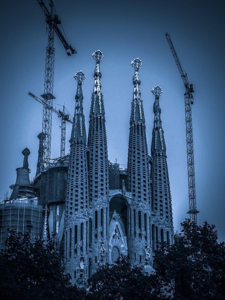 西班牙圣家堂(Sagrada Família), 创新无边界_图1-3
