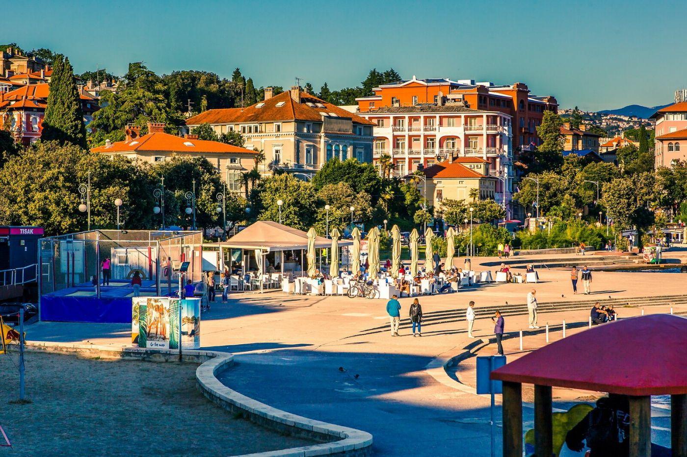 克罗地亚奥帕蒂亚(Opatija),洒满阳光的海滨城市_图1-4