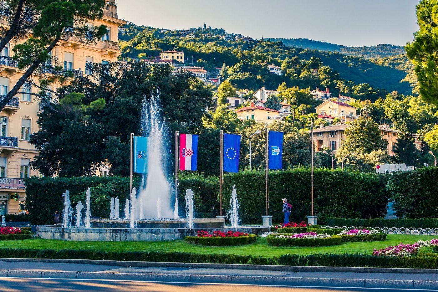 克罗地亚奥帕蒂亚(Opatija),洒满阳光的海滨城市_图1-11
