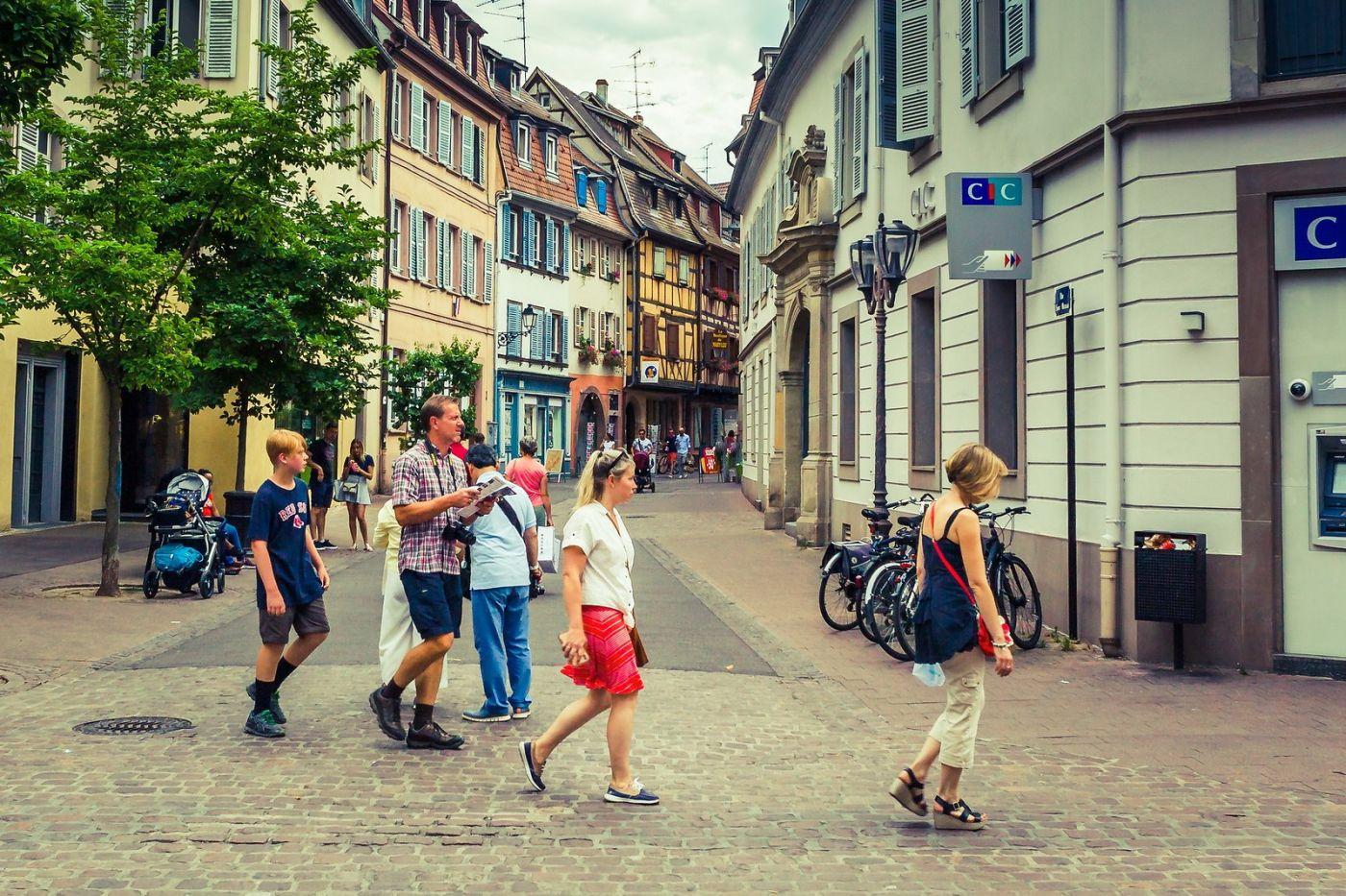 法国科尔马(Colmar),街口路拍_图1-36