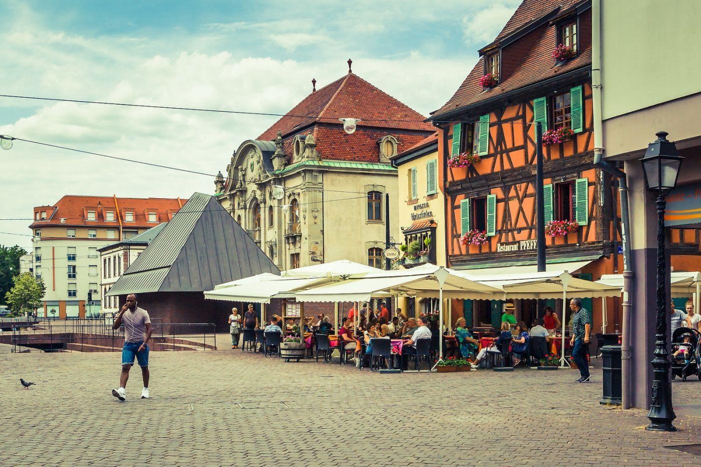 法国科尔马(Colmar),街口路拍_图1-21