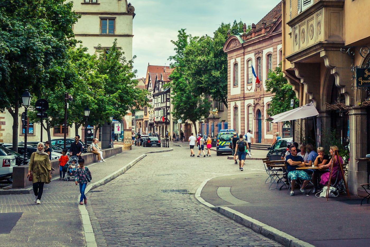法国科尔马(Colmar),街口路拍_图1-18