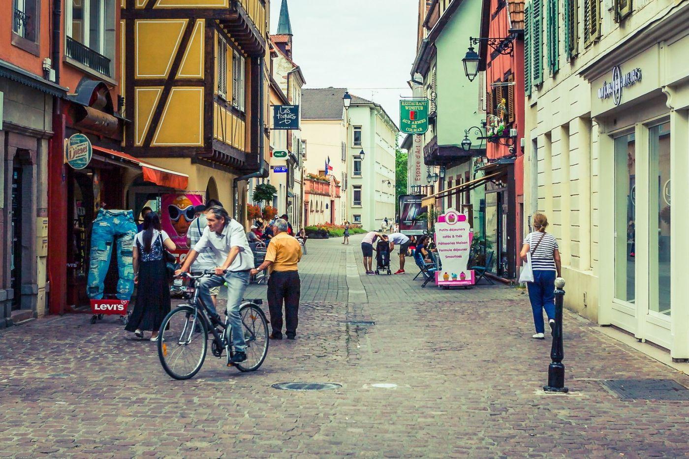 法国科尔马(Colmar),街口路拍_图1-38