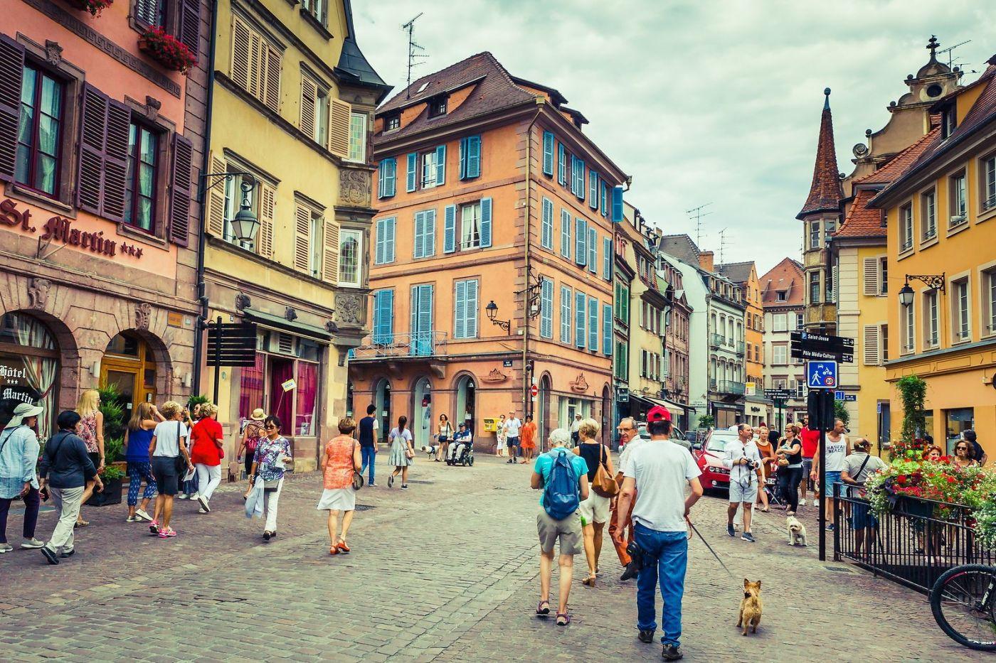 法国科尔马(Colmar),街口路拍_图1-39