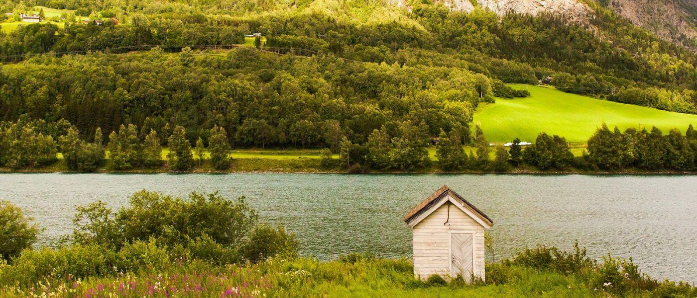 北欧风光,山间的别墅_图1-37