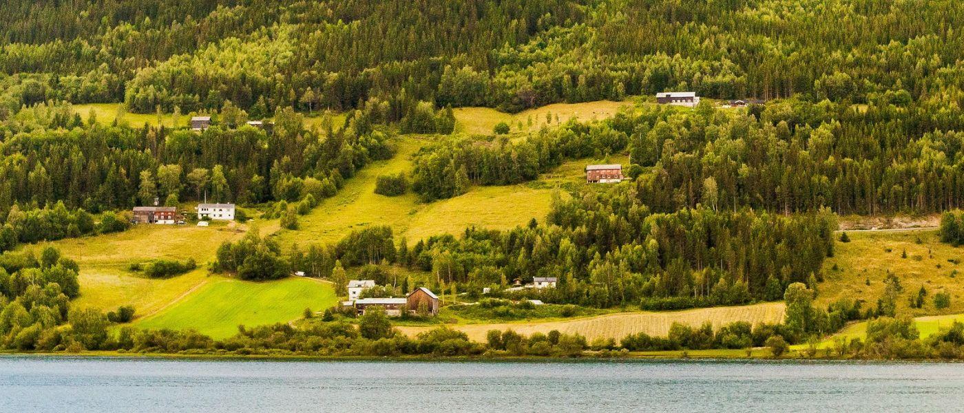 北欧风光,山间的别墅_图1-39