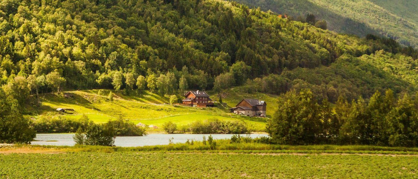 北欧风光,山间的别墅_图1-33