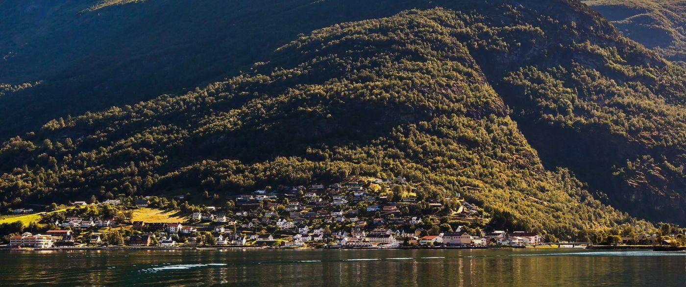 北欧风光,山间的别墅_图1-27