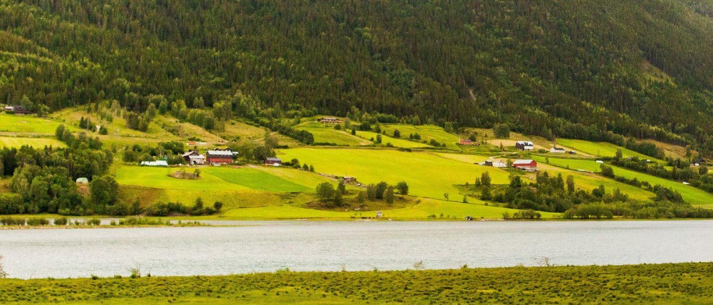 北欧风光,山间的别墅_图1-9