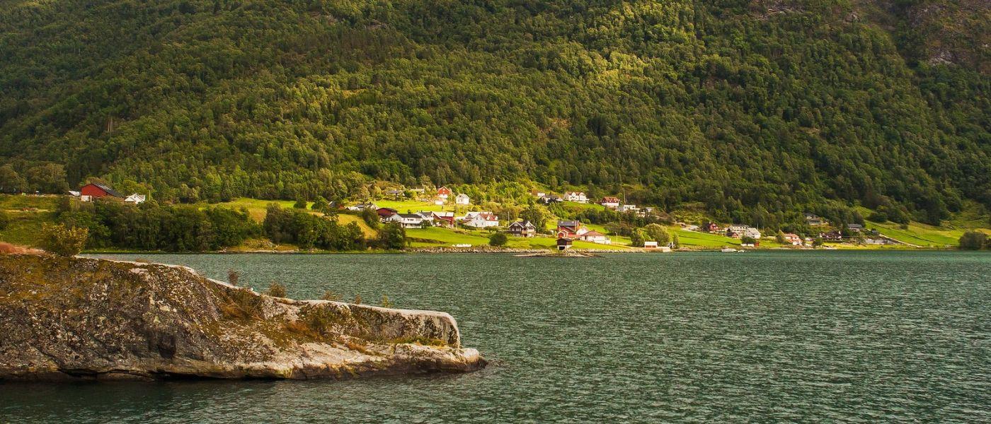 北欧风光,山间的别墅_图1-11