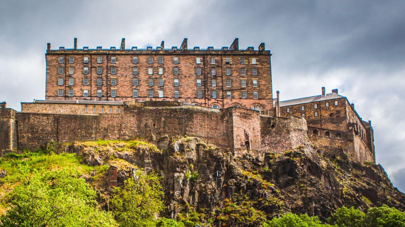 苏格兰爱丁堡城堡(Edinburgh Castle),城市的象征_图1-5