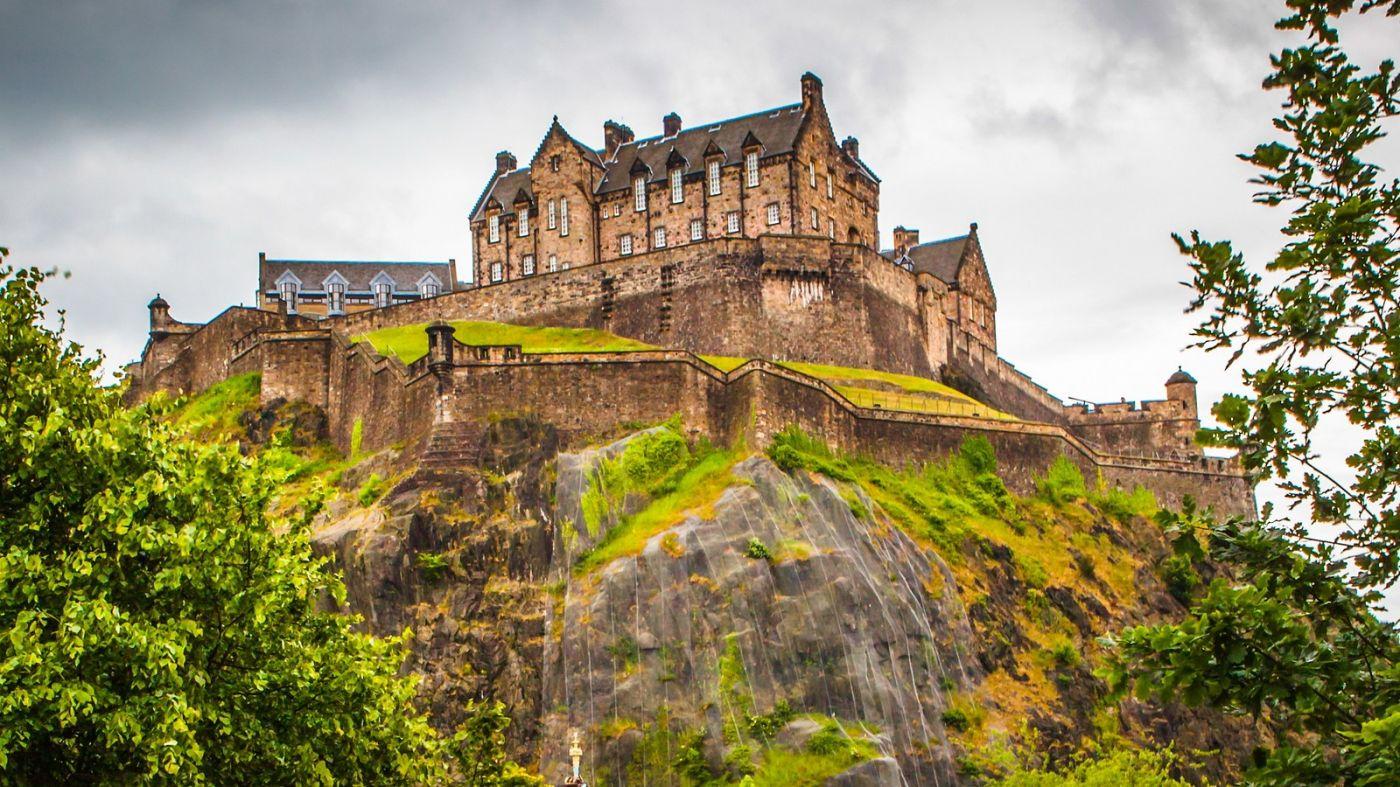 苏格兰爱丁堡城堡(Edinburgh Castle),城市的象征_图1-6