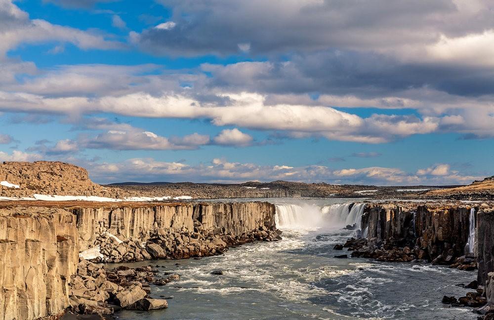 冰岛的黛提瀑布_图1-5