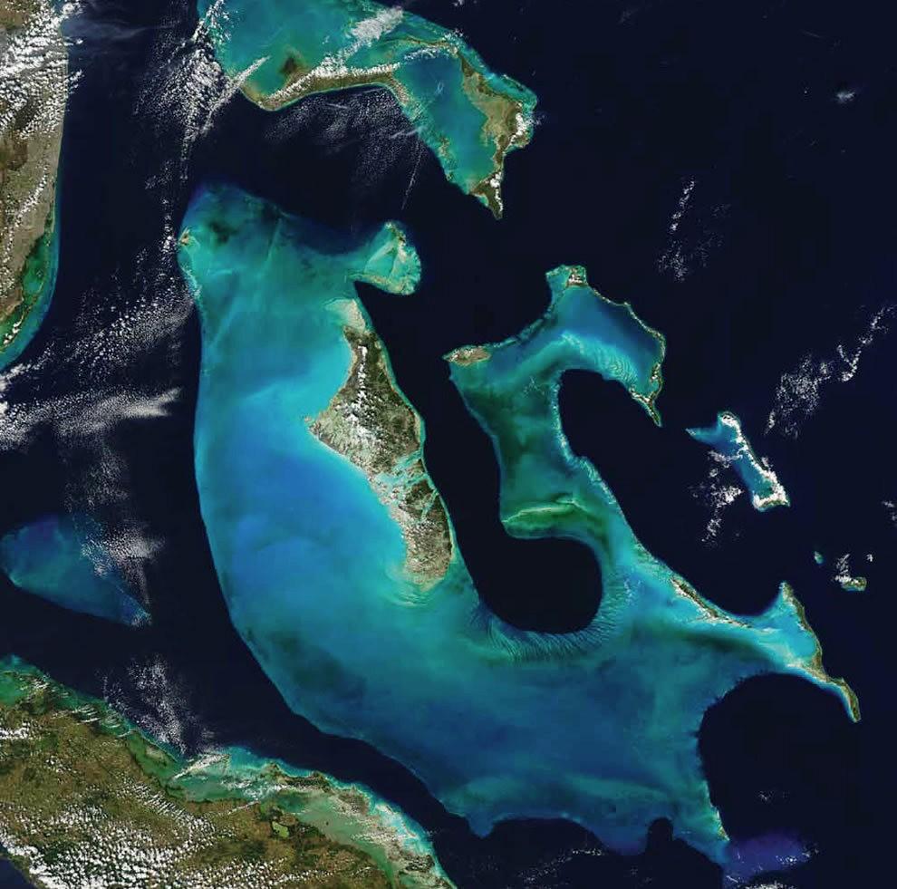 从卫星照片看地球_图1-3