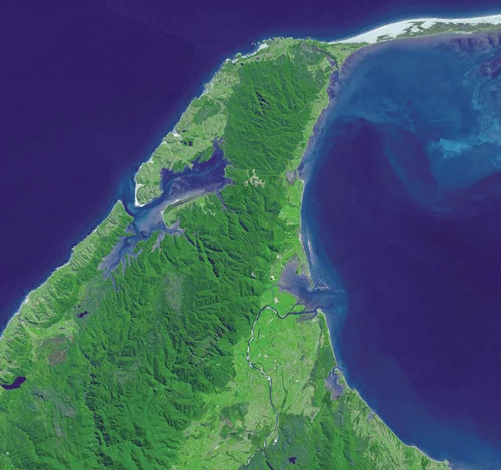 从卫星照片看地球_图1-15
