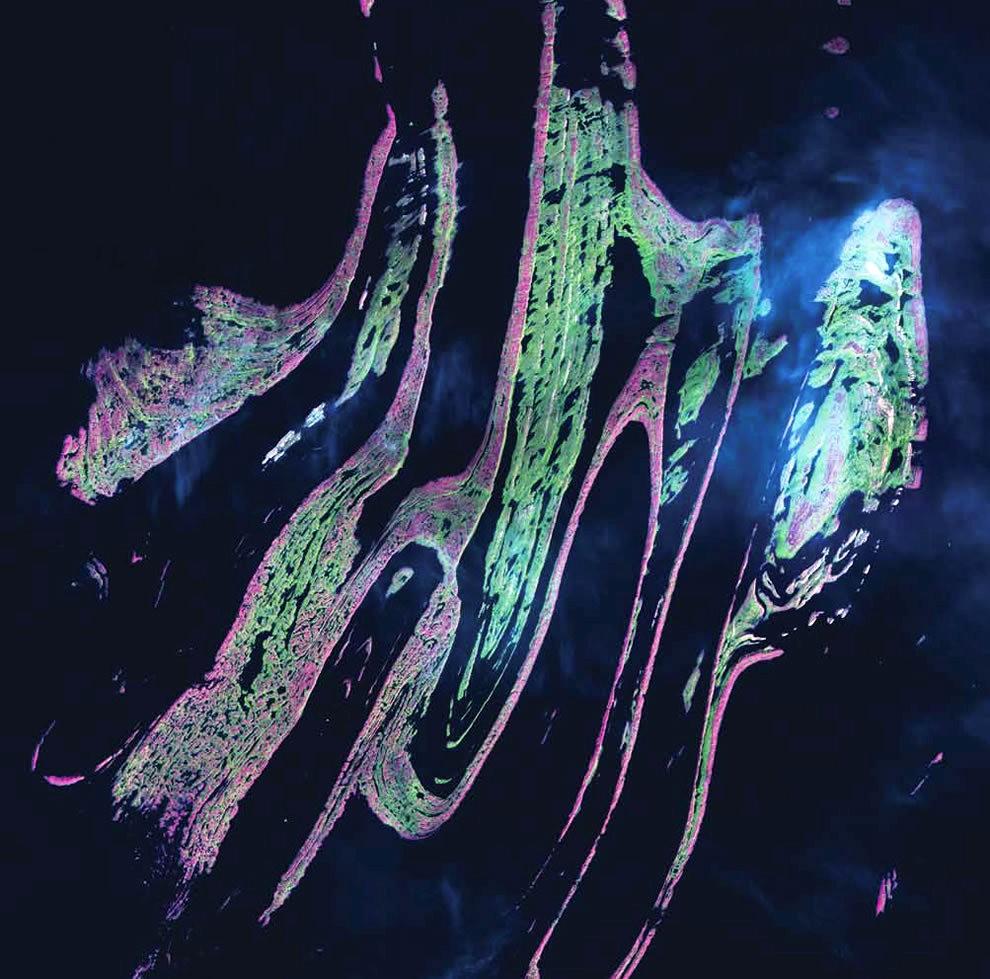 从卫星照片看地球_图1-19