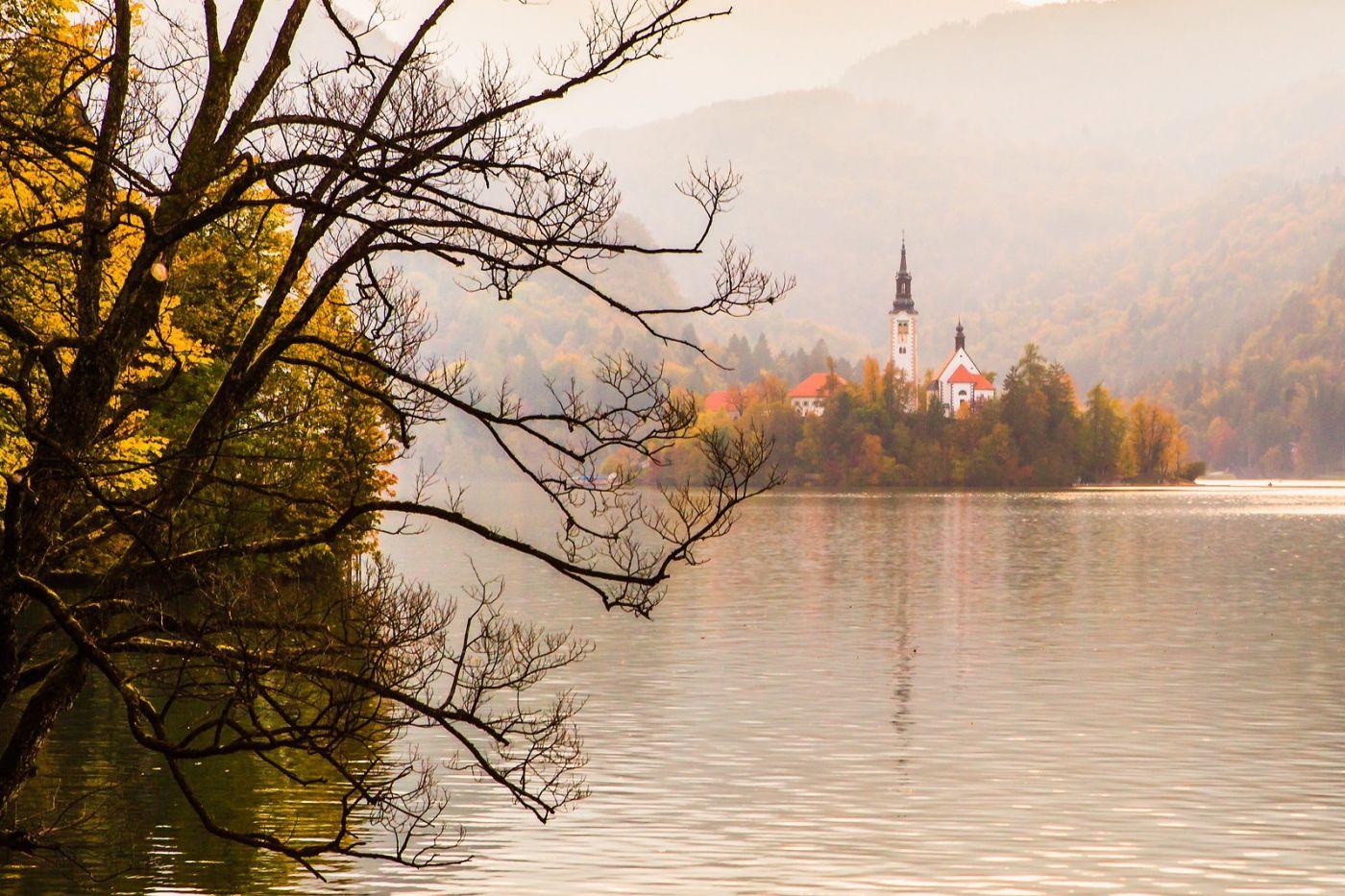 斯洛文尼亚布莱德湖(Lake Bled),湖中教堂_图1-2