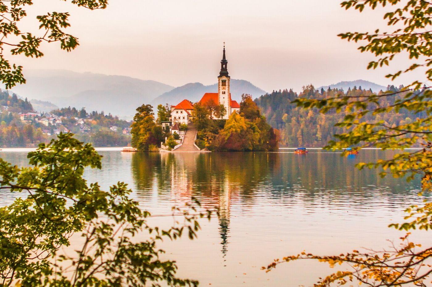 斯洛文尼亚布莱德湖(Lake Bled),湖中教堂_图1-5