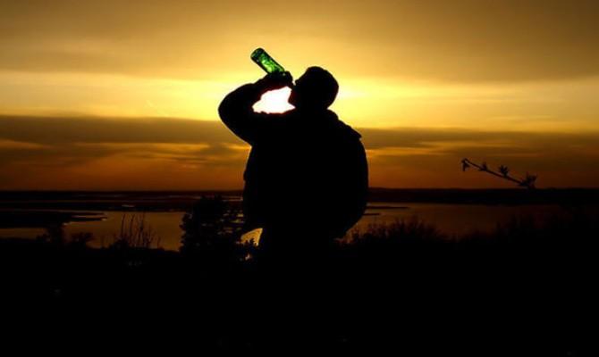 酒,不喝不醉;人,不累不睡;心,不伤不碎;情,不学不会 ..._图1-2