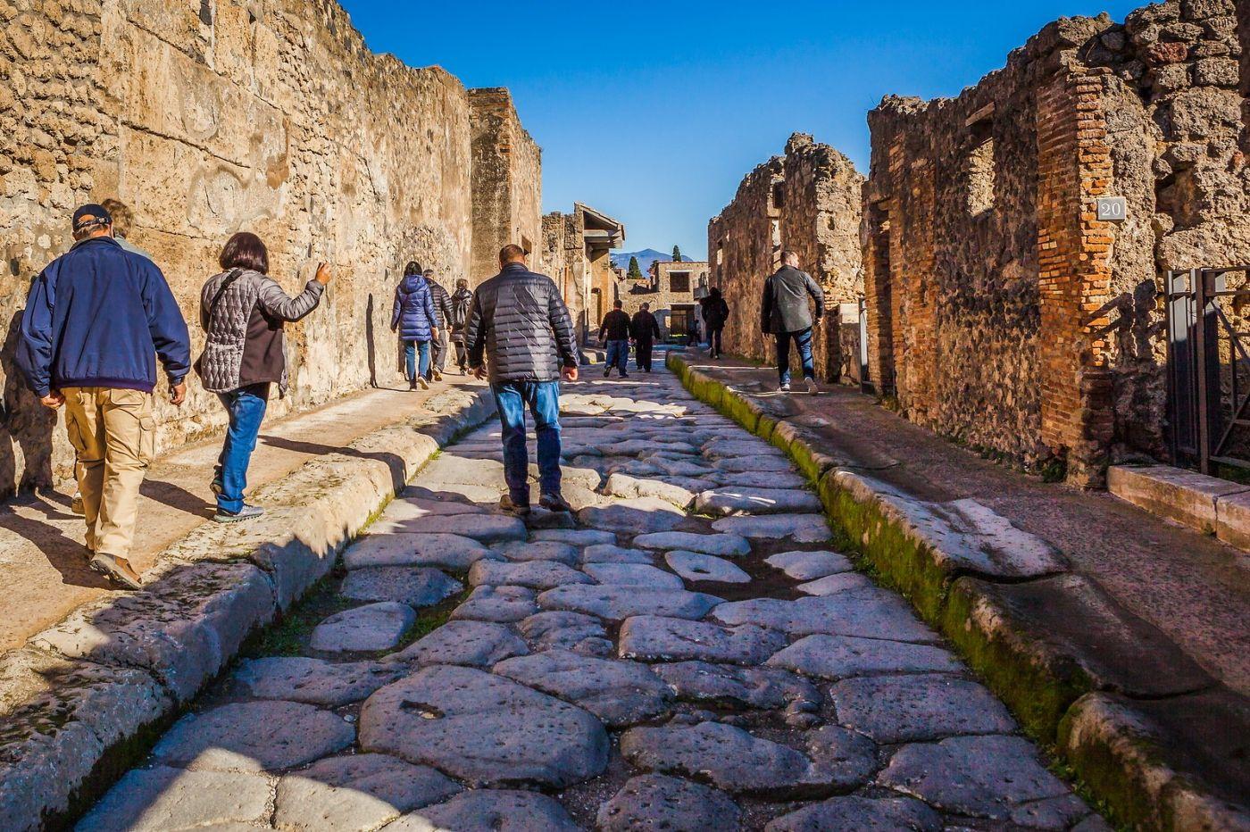 意大利一世纪古城庞贝,那时城市道路_图1-2