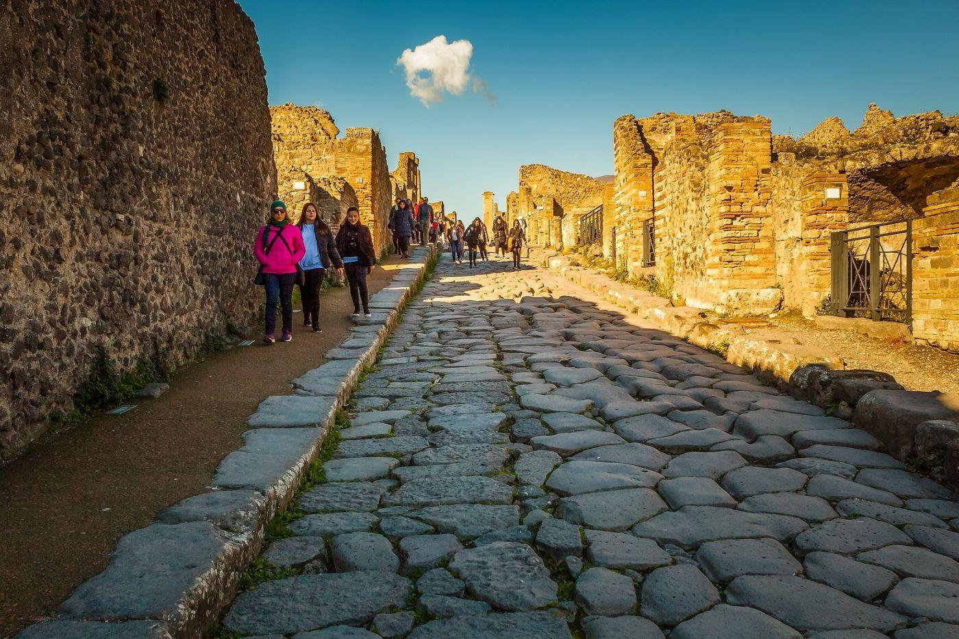 意大利一世纪古城庞贝,那时城市道路_图1-32
