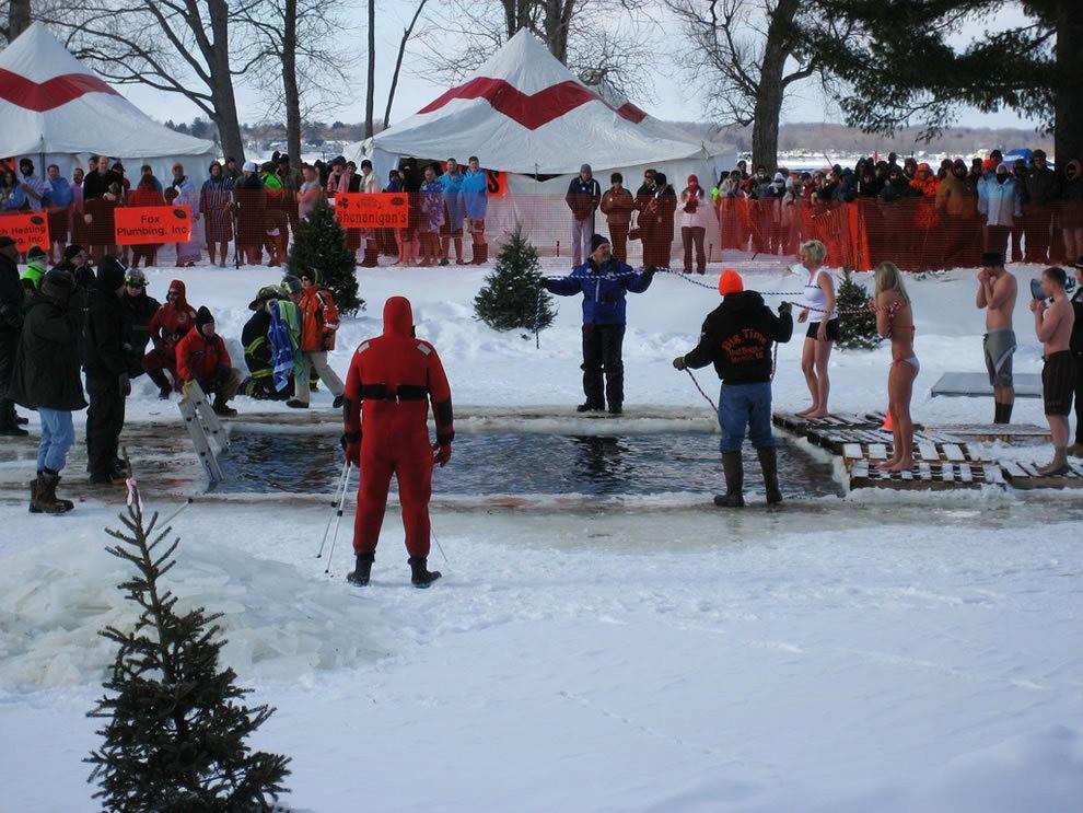 """新年的""""北极熊跳水""""_图1-17"""