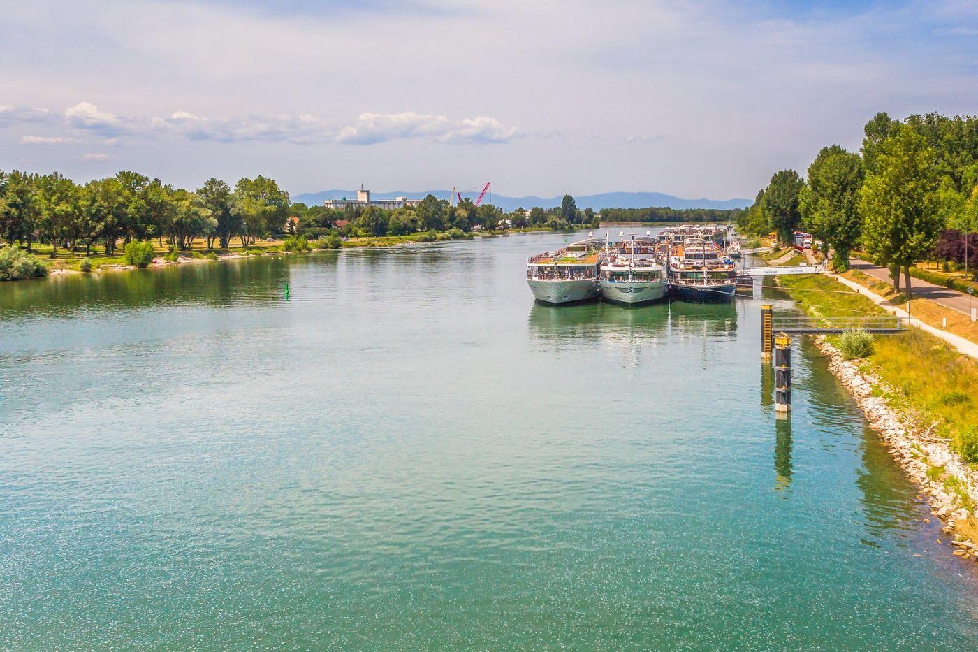 畅游莱茵河,游船商船另一道景_图1-25