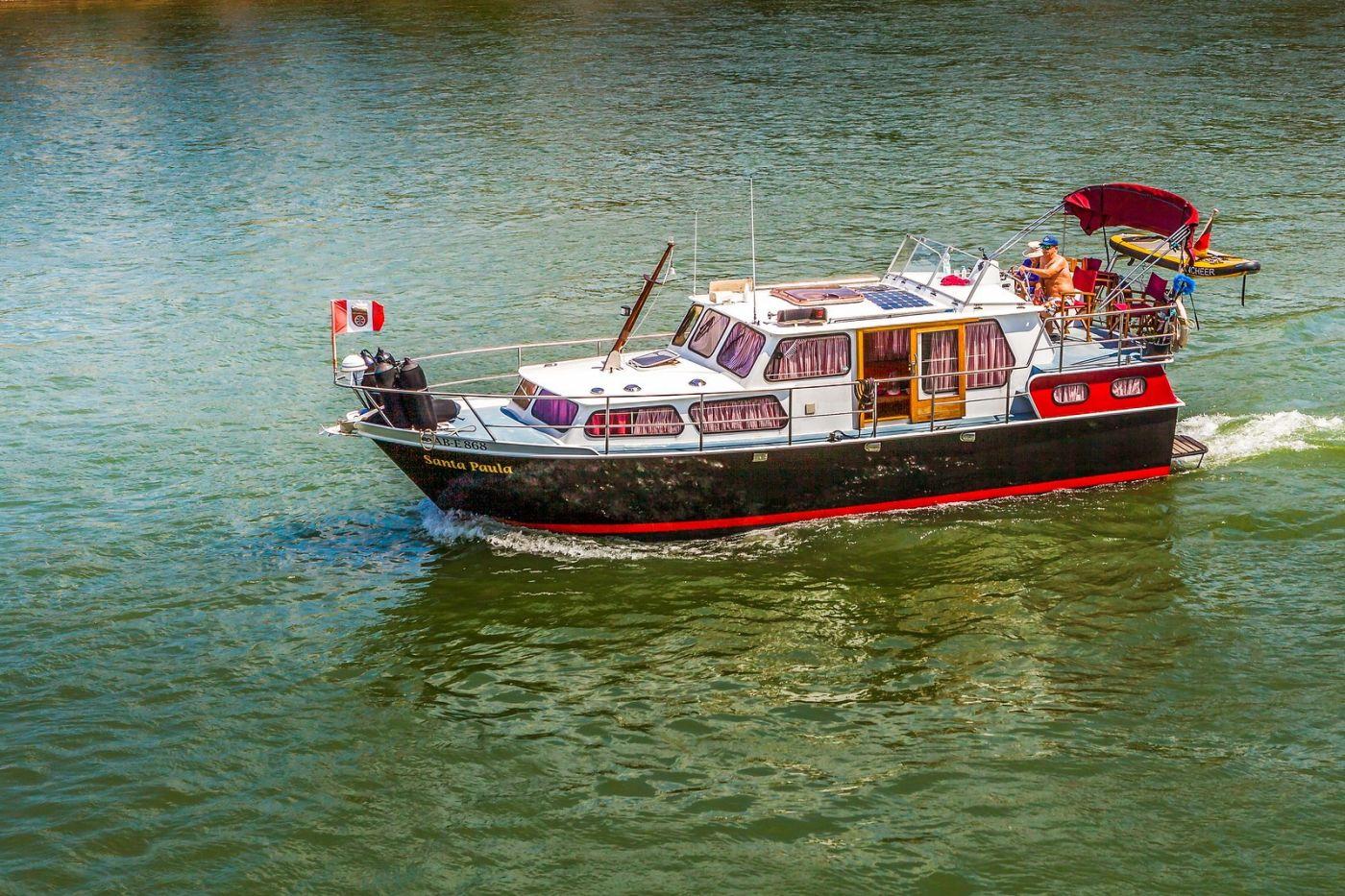 畅游莱茵河,游船商船另一道景_图1-16