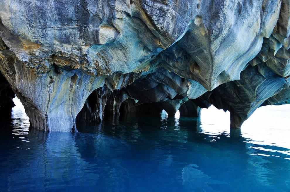 宏伟的大理石洞穴_图1-19