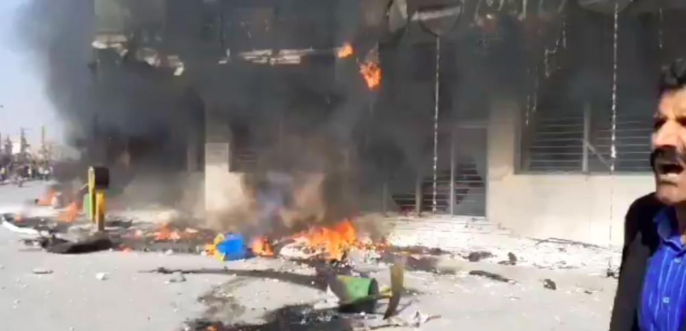 伊朗爆发大规模抗议,军警实弹镇压示威者_图1-1