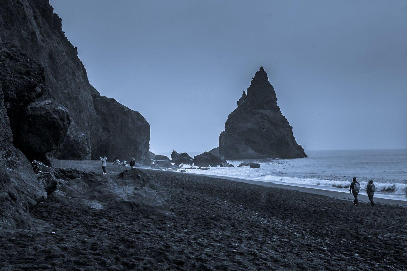 冰岛雷尼斯法加拉黑沙滩(Reynisfjara Black Sand Beach)_图1-2