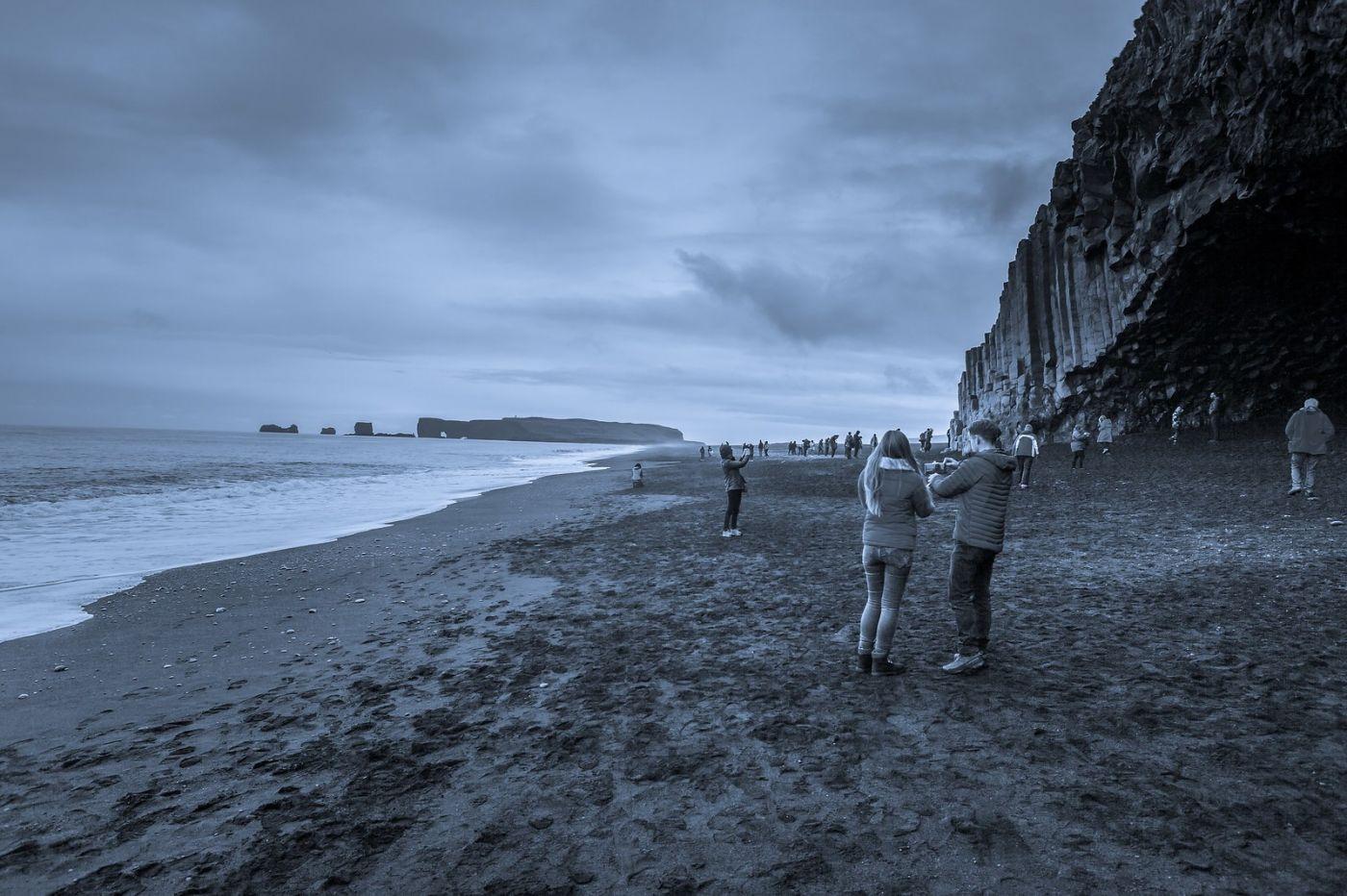 冰岛雷尼斯法加拉黑沙滩(Reynisfjara Black Sand Beach)_图1-9