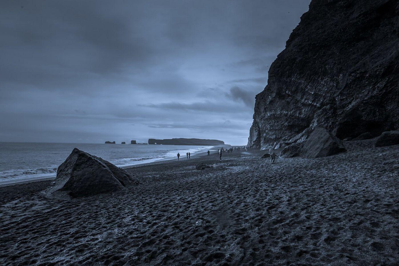 冰岛雷尼斯法加拉黑沙滩(Reynisfjara Black Sand Beach)_图1-12
