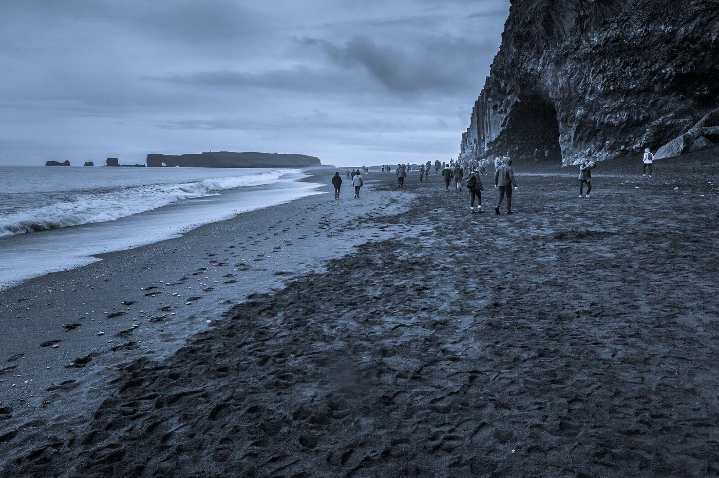 冰岛雷尼斯法加拉黑沙滩(Reynisfjara Black Sand Beach)_图1-13