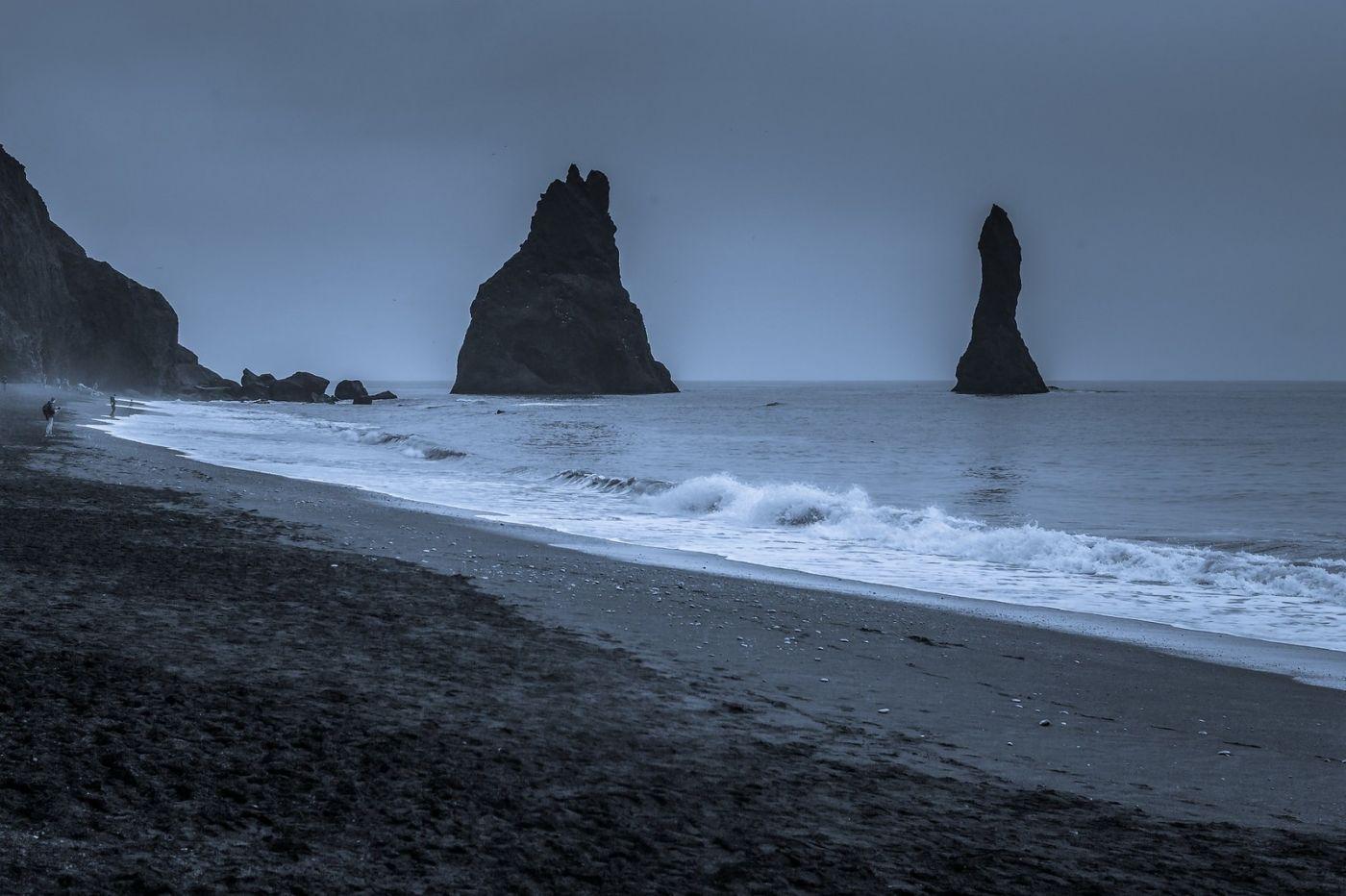 冰岛雷尼斯法加拉黑沙滩(Reynisfjara Black Sand Beach)_图1-11