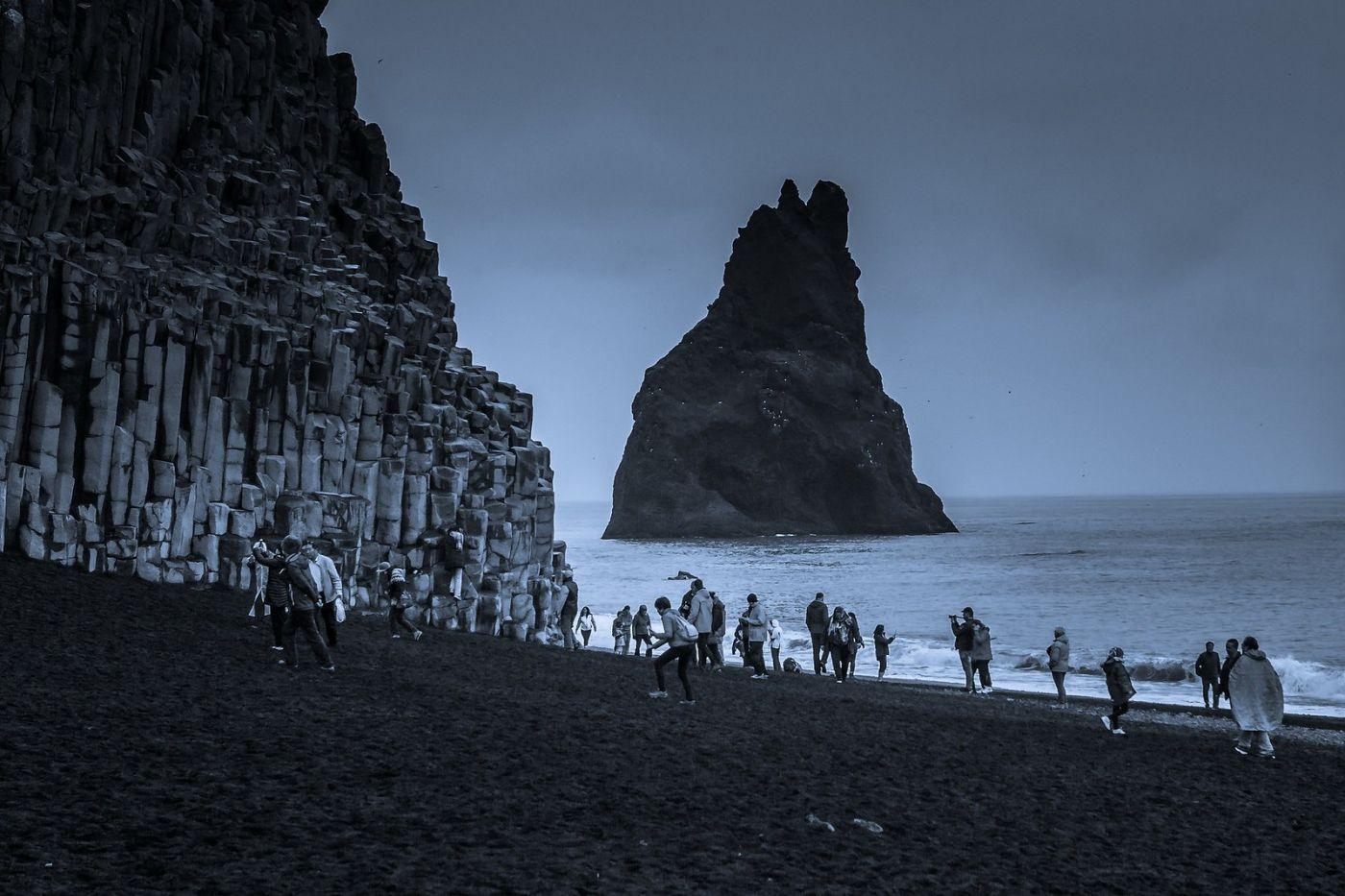 冰岛雷尼斯法加拉黑沙滩(Reynisfjara Black Sand Beach)_图1-16